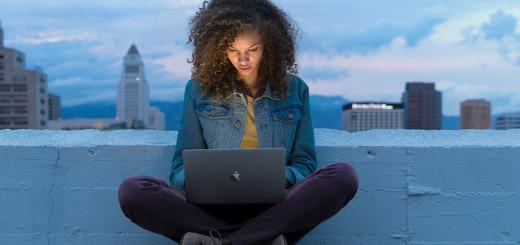 apple-macbook-user